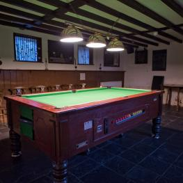 Bonny Cravat Ashford Pool Table